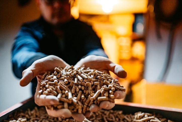Czym jest pellet i dlaczego warto go stosować?